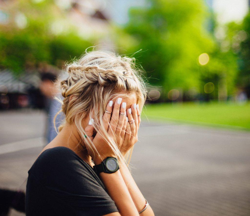 ¿Cómo podemos controlar nuestras emociones? | Según la Biblia