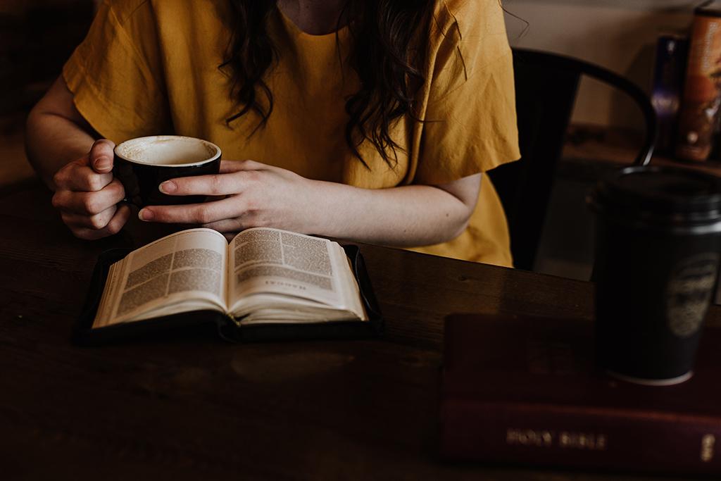 Lee más sobre el artículo Consejos para mejorar tu lectura Bíblica